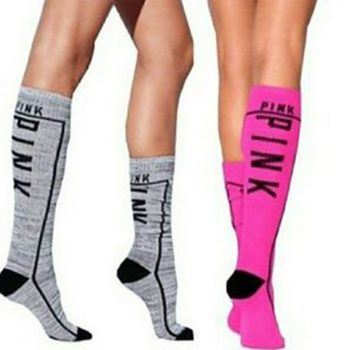 victoria_secret_knee_high_socks_grey_marl_hot_pink_1